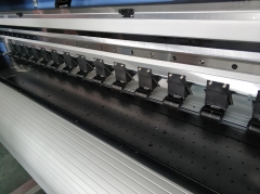 1.8m 4 Heads DX5/i3200 Sublimation Printer Rolling And Winding Behind
